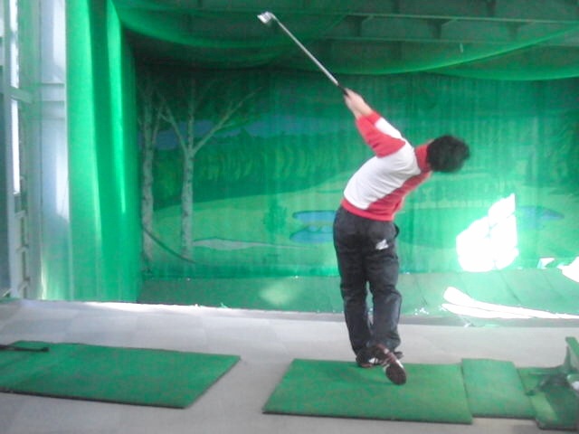 傾 ゴルフ キープ 前